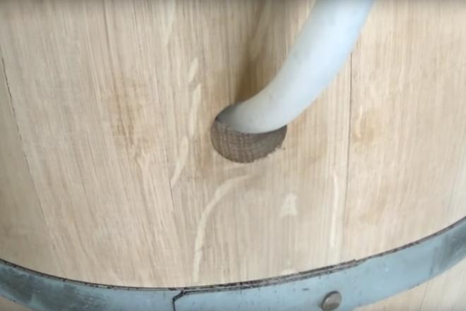Пропаривание дубовой бочки